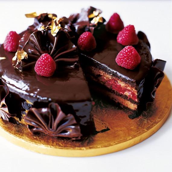 Eric Lanlard S Glamorous Chocolate Cake Woman And Home