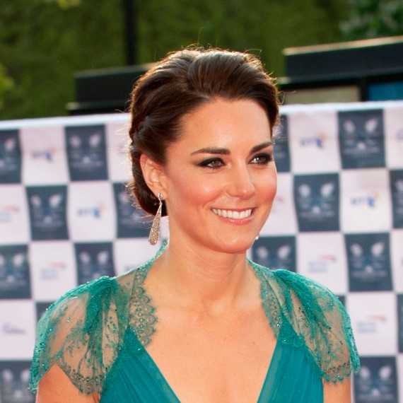 A Wedding Hairstyle For A Duchess Appeal