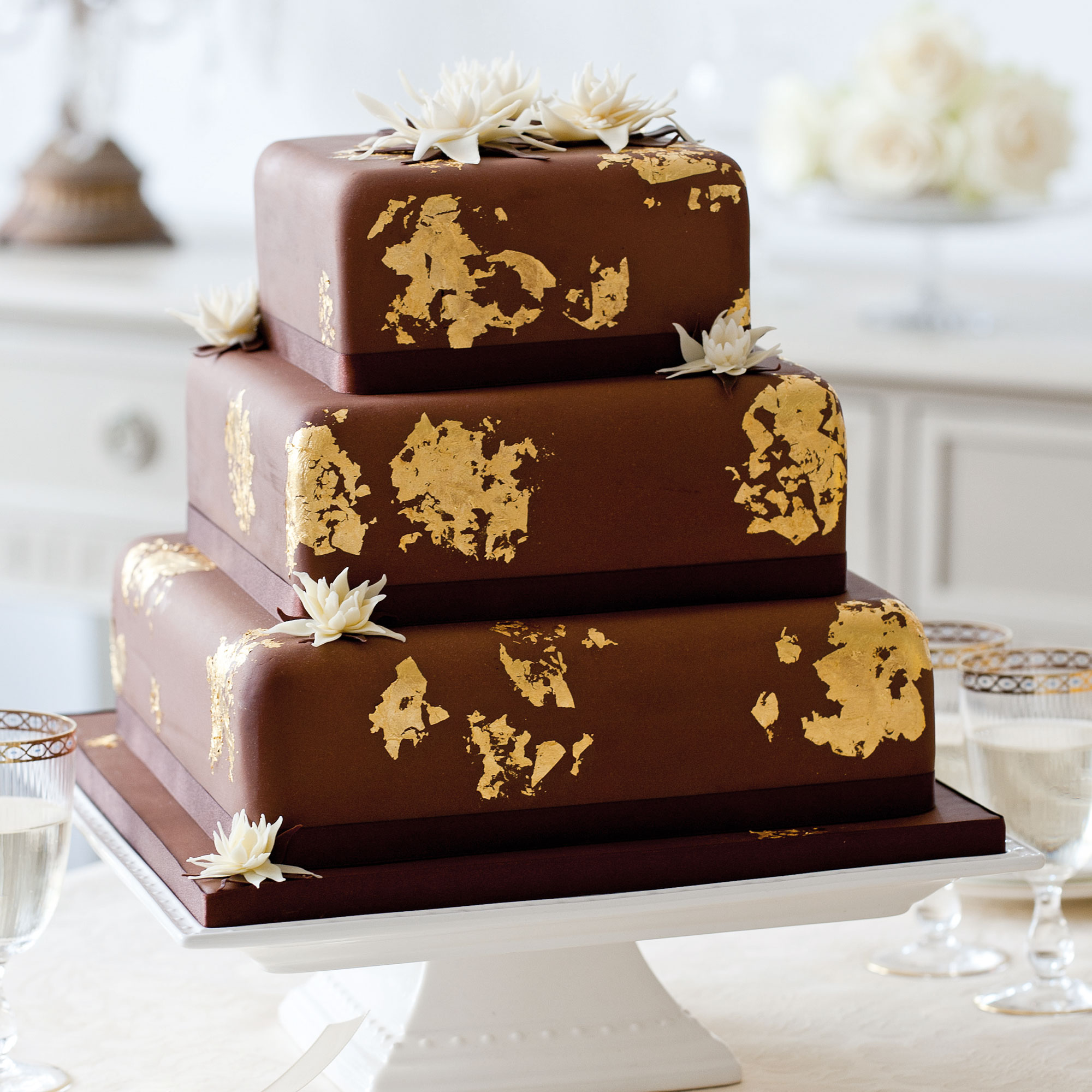 Easy Ways To Decorate A Cake At Home Midnight Lotus Wedding Cake Woman And Home