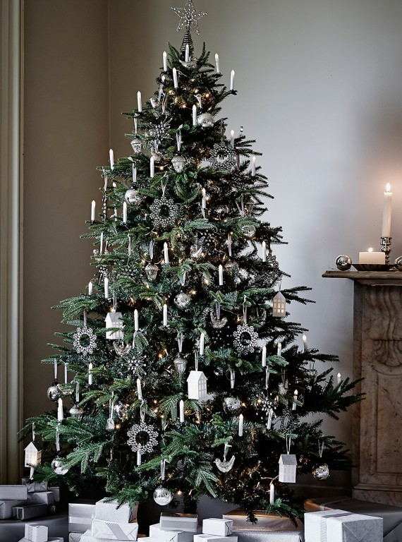 Realistic Artificial Christmas Trees Uk